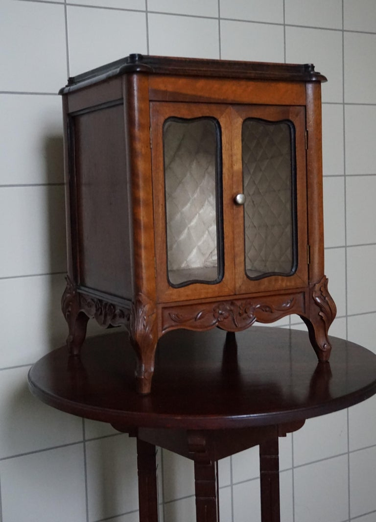 Marvelous 19th Century Handcrafted Louis Quinze Style Nutwood Miniature Cabinet For Sale 4