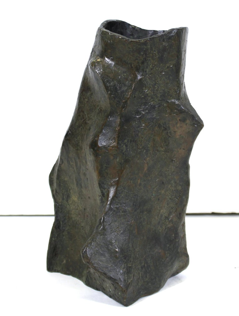 Modern Brutalist vase sculpted in bronze by Marvin Bell. The piece was made in 1988 and is signed