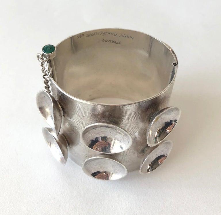 Mary Ann Scherr Sterling Silver Emerald American Modernist Cuff Bracelet In Good Condition In Los Angeles, CA