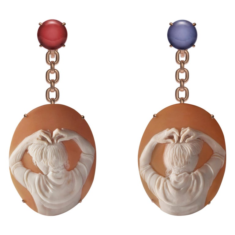 Mary Cameo Earrings in 18K Gold, Blue Chalcedony and Carnelian by Catherine Opie For Sale