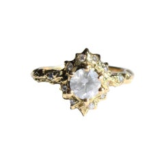 Mary Gallagher Diamond Ring in 18 Karat Yellow Gold