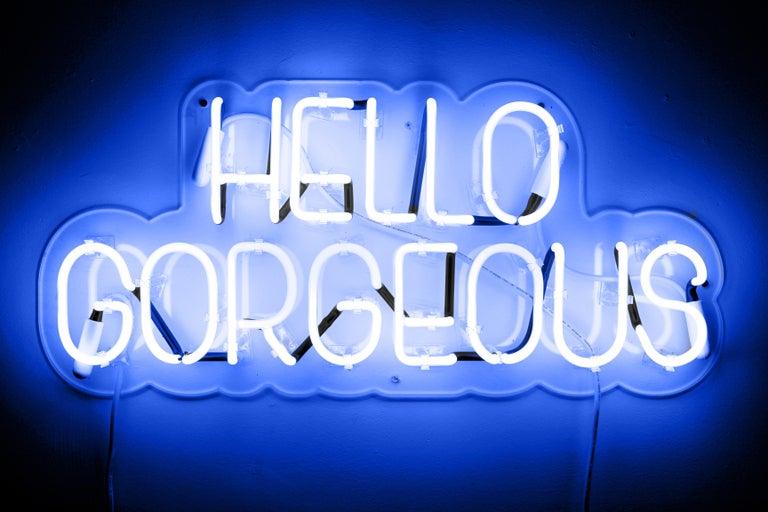 Mary Jo McGonagle Figurative Sculpture - Hello gorgeous - neon art work