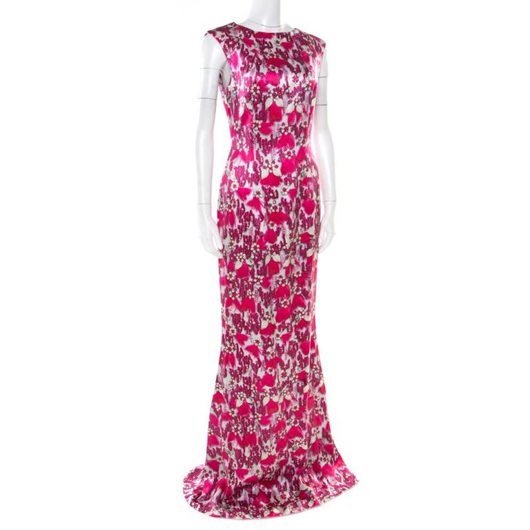 Mary Katrantzou Fuchsia Pink Bejeweled Feather Printed Silk Satin Evening Gown M In Good Condition For Sale In Dubai, Al Qouz 2