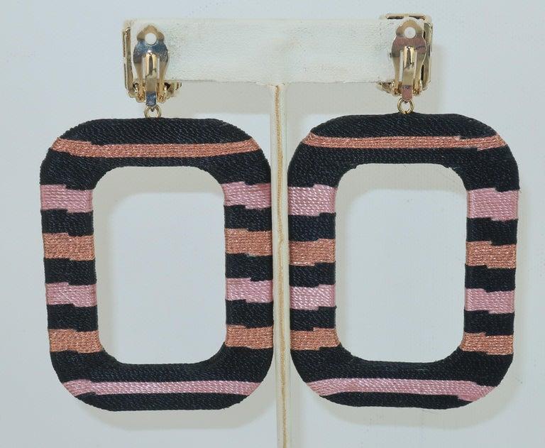 Maryjane Claverol Black & Metallic Textile Earrings In Good Condition For Sale In Atlanta, GA
