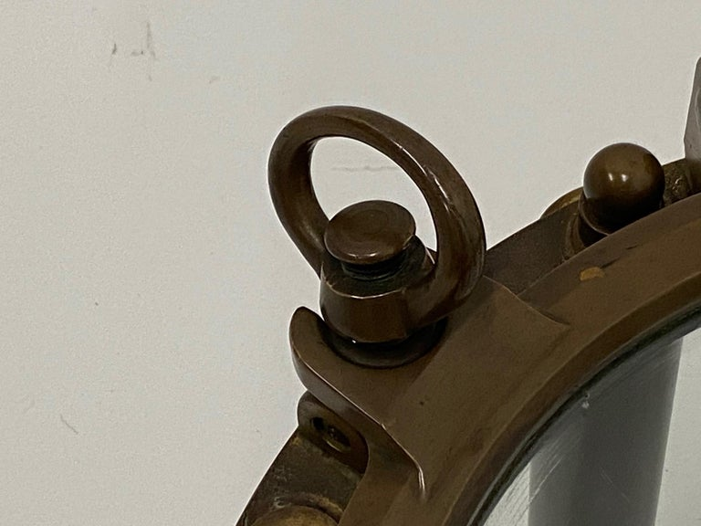 Masculine Nautical Antique Brass Porthole End Table In Good Condition For Sale In Hopewell, NJ
