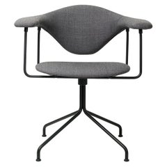 Masculo Meeting Chair, Fully Upholstered, Swivel Base