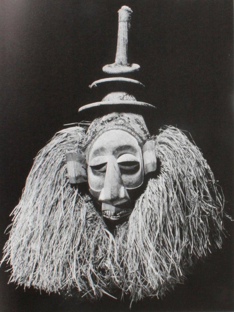 Masken Gesichter Der Menschheit 'Face Masks of Humanity', First Edition For Sale 8