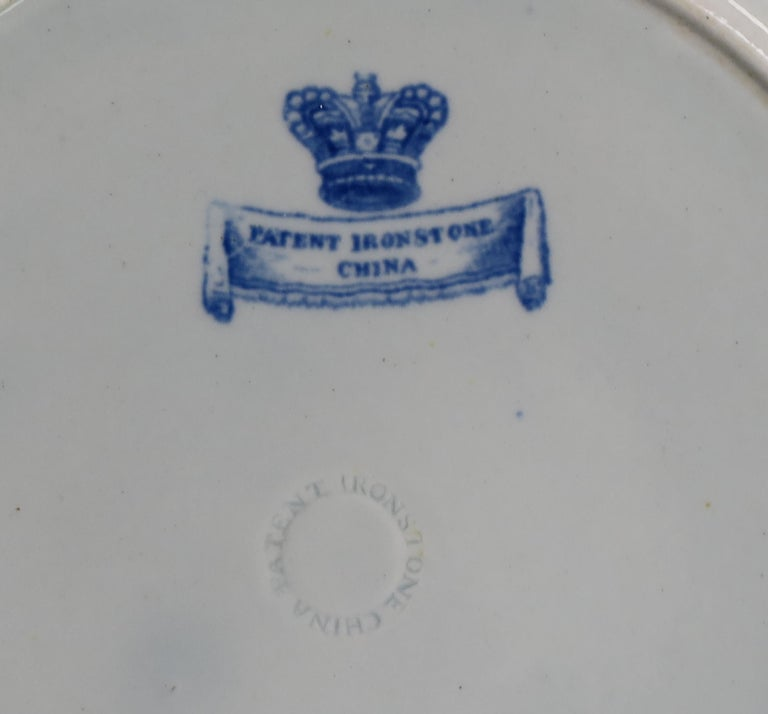 Masons Ironstone Dinner Plate in Blue India Pheasants Pattern, circa 1815 For Sale 3