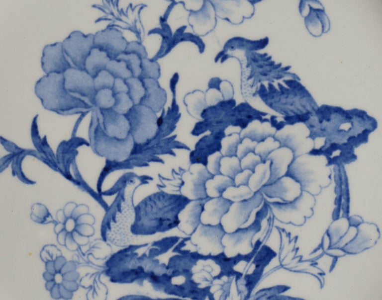 Masons Ironstone Dinner Plate in Blue India Pheasants Pattern, circa 1815 In Good Condition For Sale In Lincoln, Lincolnshire
