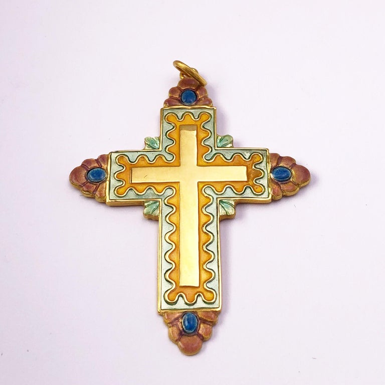 Masriera 18 Karat Yellow Gold and Enamel Cross In New Condition For Sale In New York, NY