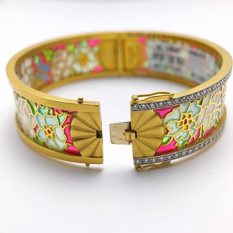 Masriera 18KT Gold & Plique-a-Jour Enamel Bangle Bracelet with .94Ct. Diamonds In New Condition For Sale In New York, NY
