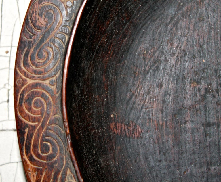 Massim Food Bowl Trobriand Islands Papua New Guinea In Good Condition For Sale In Sharon, CT