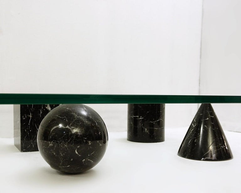 Mid-Century Modern Massimo and Lella Vignelli 'Metaphora' Coffee Table in Black Marble and Glass For Sale