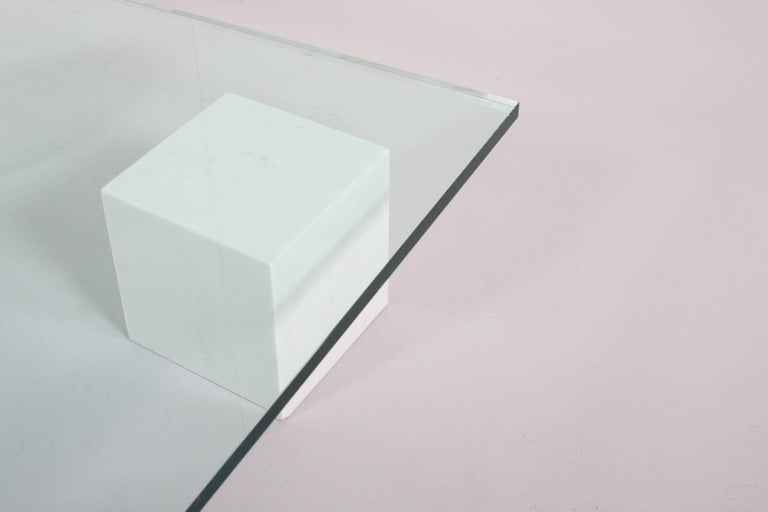 Massimo and Lella Vignelli 'Metaphora' Coffee Table in Carrara Marble and Glass In Good Condition For Sale In Echt, NL