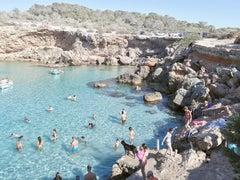 Cala Conta Black Dog - large scale Mediterranean beach scene (artist framed)