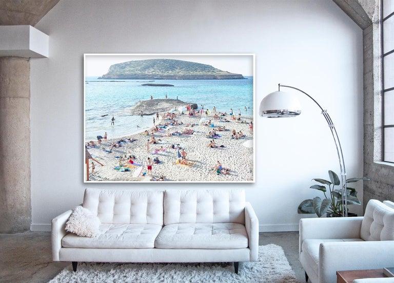 Cala Conta Evening - Large scale Mediterranean beach scene (artist framed) - Photograph by Massimo Vitali