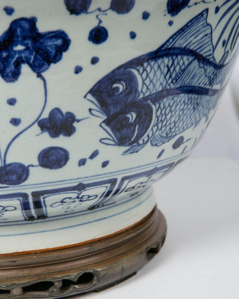 Massive Chinese Blue and White Punch Bowl Decorated with Fish For Sale 6