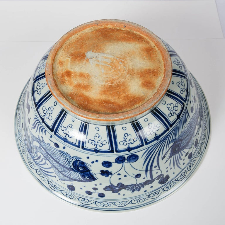 Massive Chinese Blue and White Punch Bowl Decorated with Fish For Sale 11