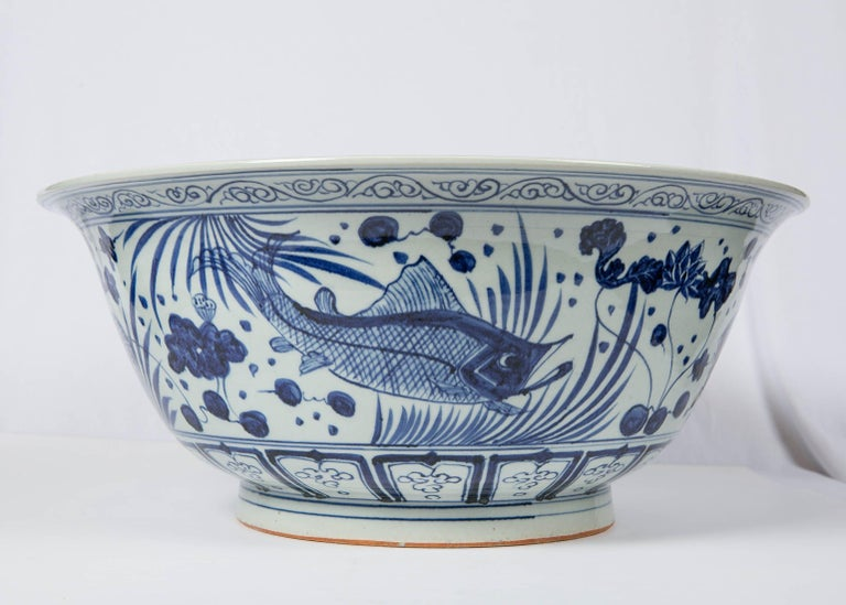 Hand-Painted Massive Chinese Blue and White Punch Bowl Decorated with Fish For Sale