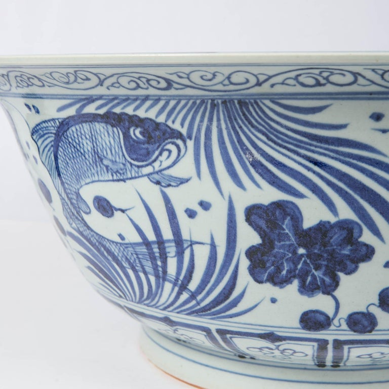 Massive Chinese Blue and White Punch Bowl Decorated with Fish For Sale 3