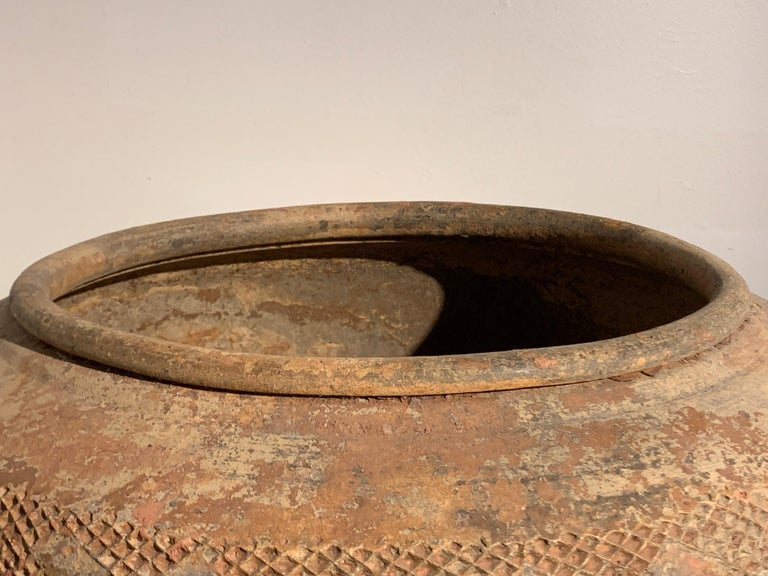 Massive Chinese Eastern Han Dynasty Impressed Pottery Jar '25-220 AD' In Good Condition For Sale In Austin, TX