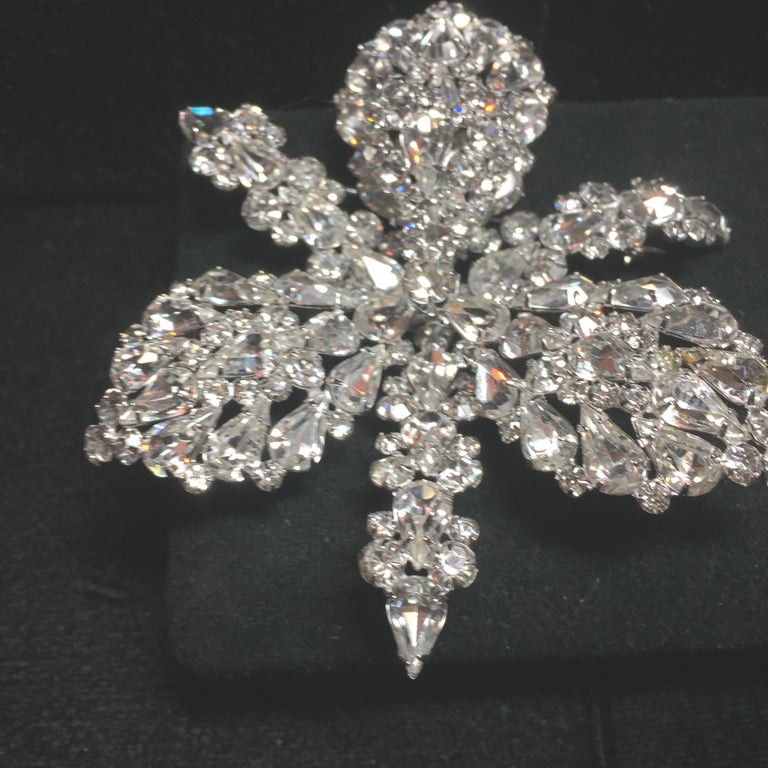 Massive Elsa Schiaparelli Crystal & Rhodium Orchid Brooch & Earrings, 1950s For Sale 1