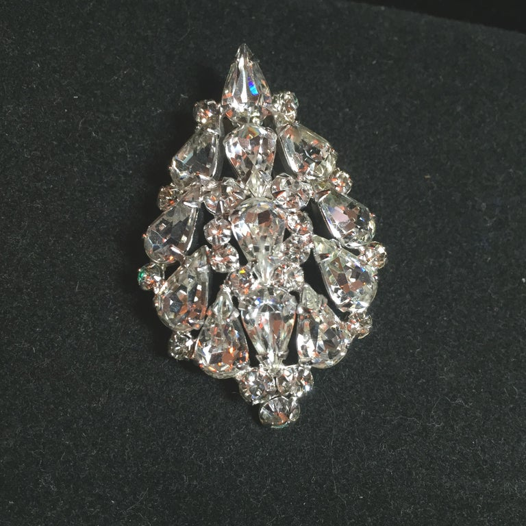 Massive Elsa Schiaparelli Crystal & Rhodium Orchid Brooch & Earrings, 1950s For Sale 4