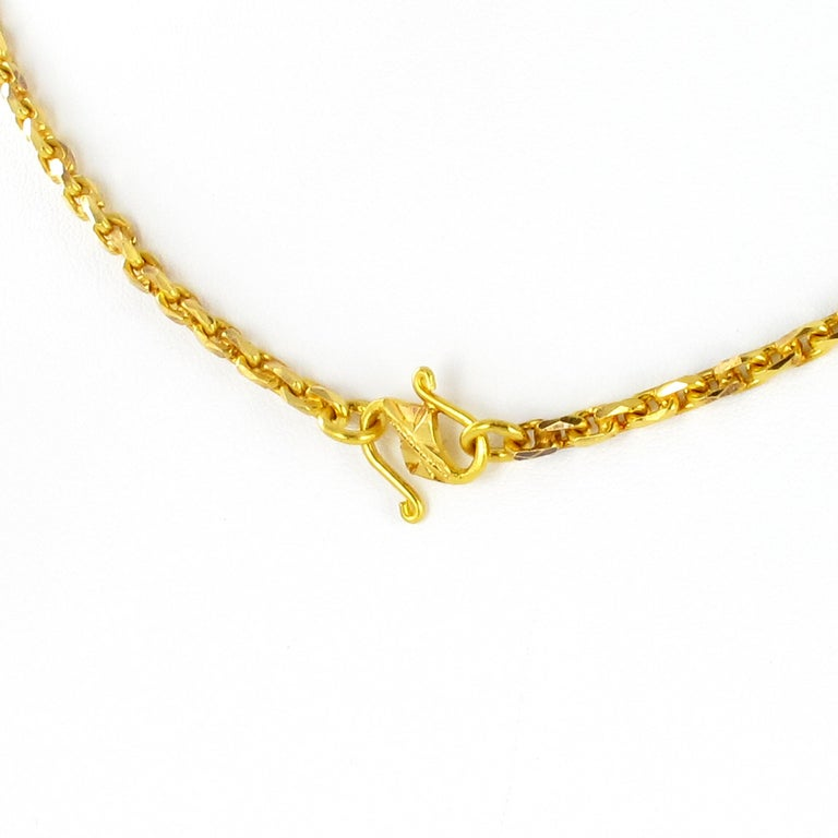 Massive Lemonquarz Pendant Necklace in Yellow Gold 750 For Sale 2