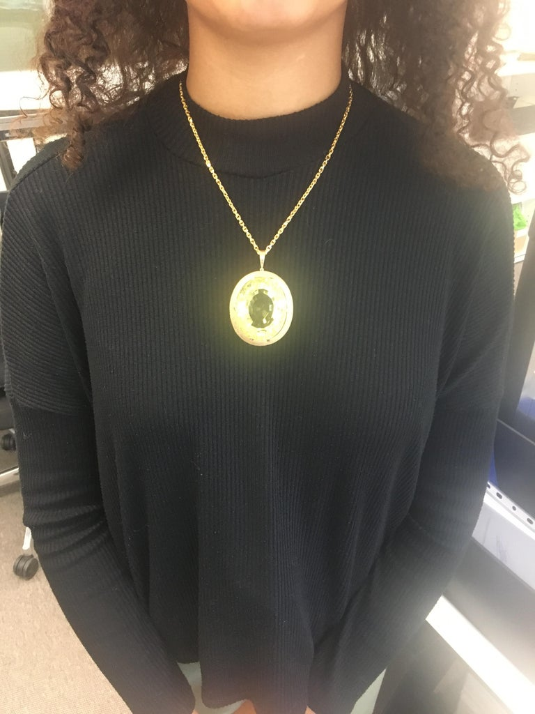Massive Lemonquarz Pendant Necklace in Yellow Gold 750 For Sale 3