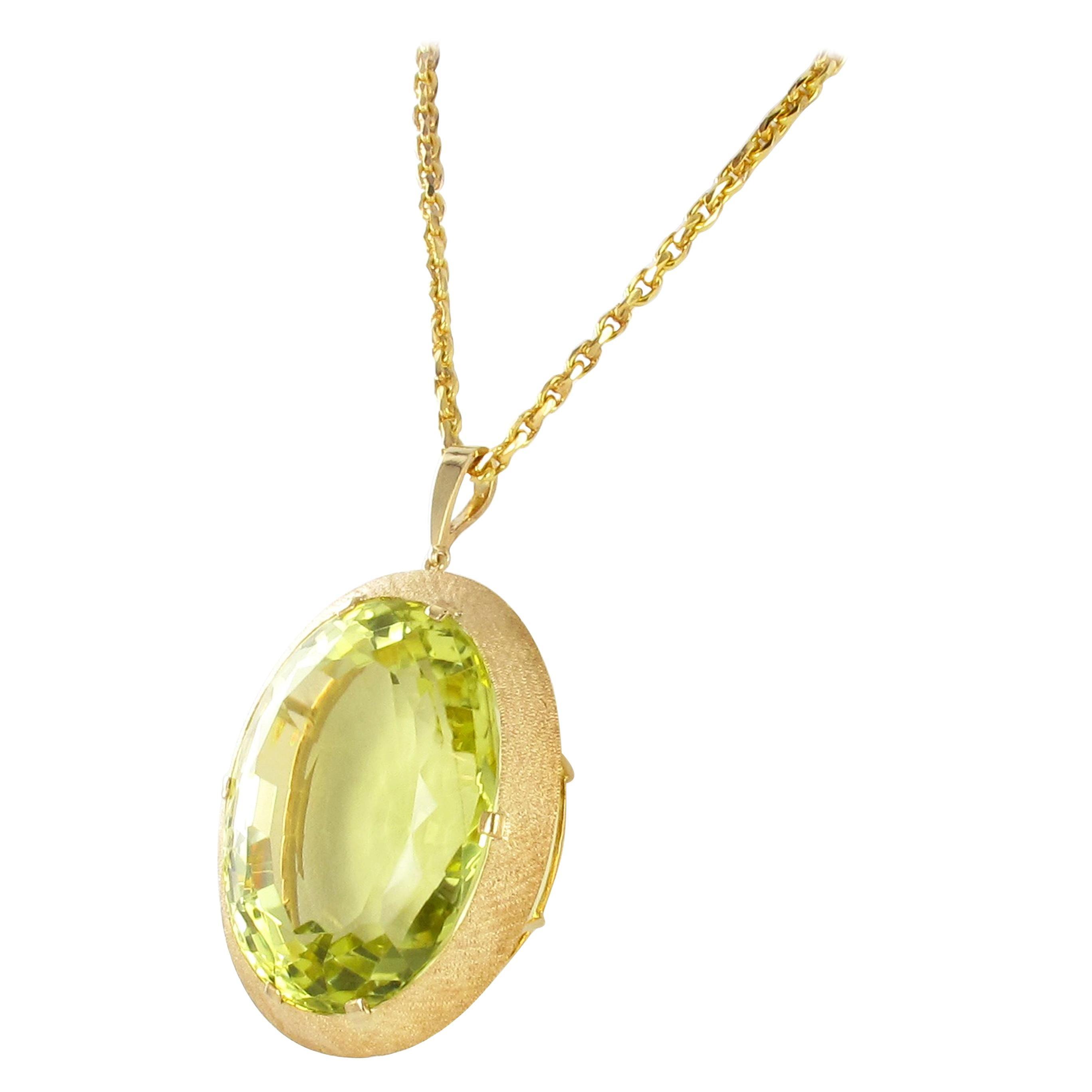Massive Lemonquarz Pendant Necklace in Yellow Gold 750