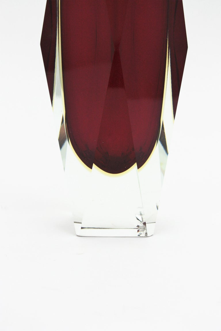 Massive Mandruzzato Murano Faceted Sommerso Red and Yellow Art Glass Vase For Sale 4