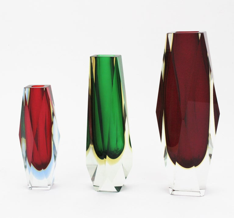 20th Century Massive Mandruzzato Murano Faceted Sommerso Red and Yellow Art Glass Vase For Sale