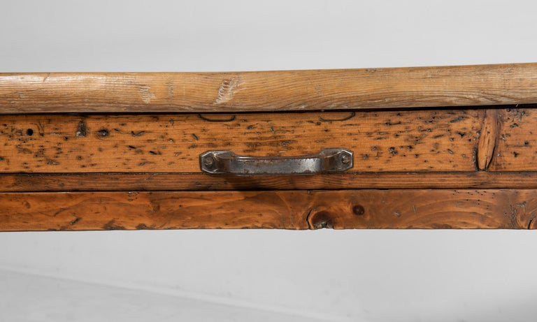 Massive Pine Worktable, Italy, circa 1900 In Good Condition For Sale In Culver City, CA