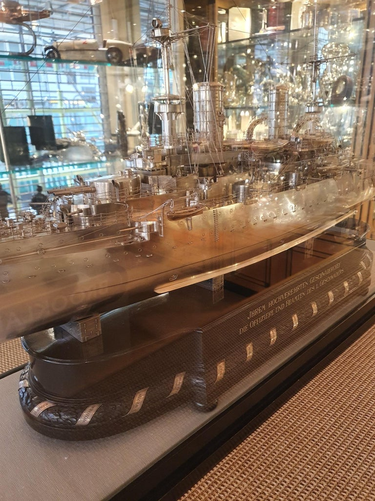 Massive Silver Battleship Model of the Kaiser Friedrich III, 1903 In Good Condition For Sale In London, GB
