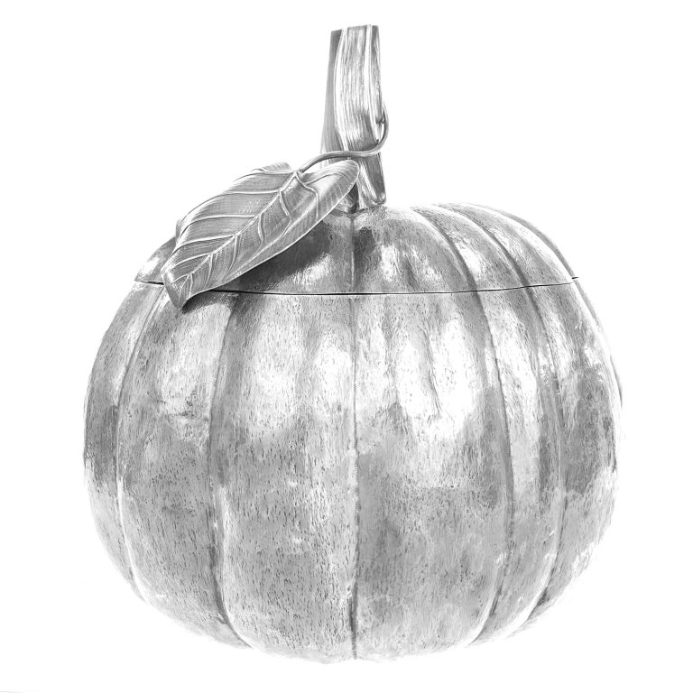 Massive Sterling Pumpkin by Fratelli Cacchione In Excellent Condition For Sale In Litchfield, CT