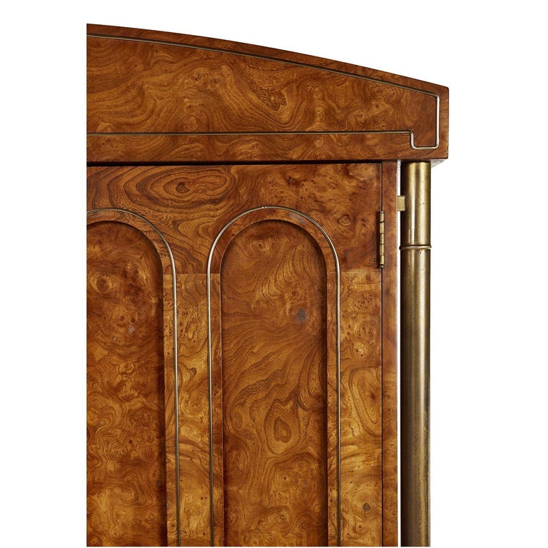 Mastercraft Armoire Chest of Drawers in Burl Wood and Brass, Hollywood Regency In Excellent Condition For Sale In Saint Petersburg, FL