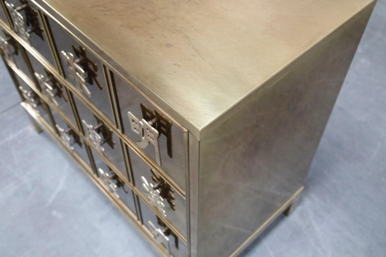 Mastercraft Brass Commode Dresser with Chinese Character Brass Pulls, circa 1970 For Sale 12