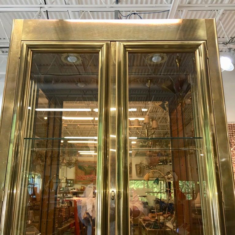 Mastercraft Brass & Glass Vitrine For Sale 5