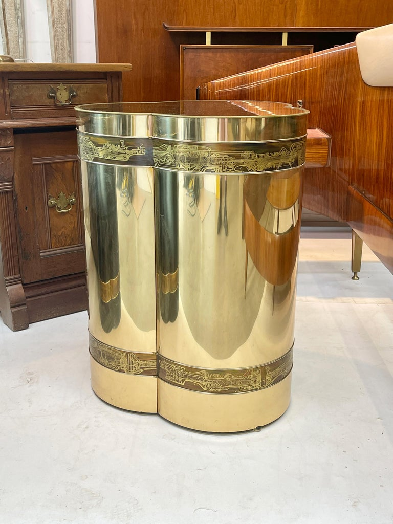Mid-Century Modern Mastercraft Brass Trefoil Table by Bernhard Rohne For Sale