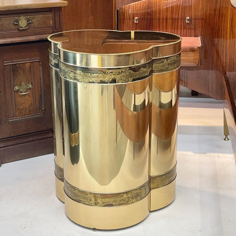 Mastercraft Brass Trefoil Table by Bernhard Rohne In Good Condition For Sale In Hingham, MA