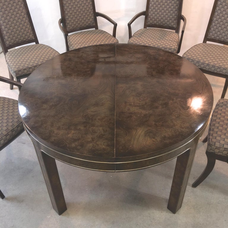 Veneer Mastercraft Burl and Brass Extendable Dining Table and Six Chairs For Sale