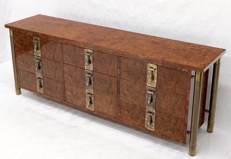 Mastercraft Burl Wood and Brass Hardware Long 9 Drawers Credenza Dresser For Sale 5