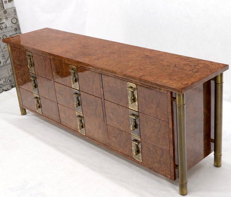 Mastercraft Burl Wood and Brass Hardware Long 9 Drawers Credenza Dresser For Sale 6