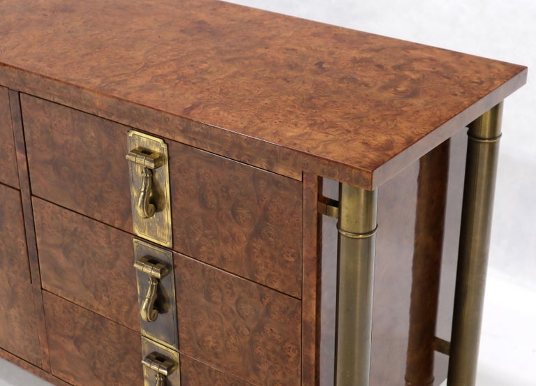 Mastercraft Burl Wood and Brass Hardware Long 9 Drawers Credenza Dresser In Good Condition For Sale In Rockaway, NJ