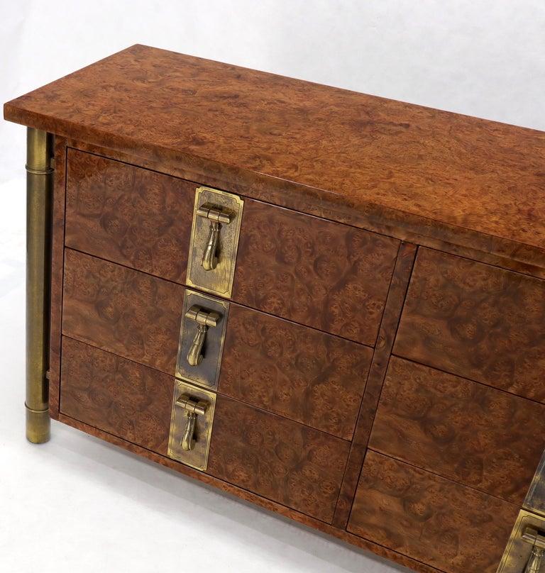 Mastercraft Burl Wood and Brass Hardware Long 9 Drawers Credenza Dresser For Sale 2