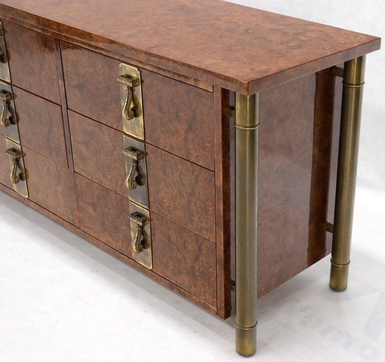 Mastercraft Burl Wood and Brass Hardware Long 9 Drawers Credenza Dresser For Sale 3