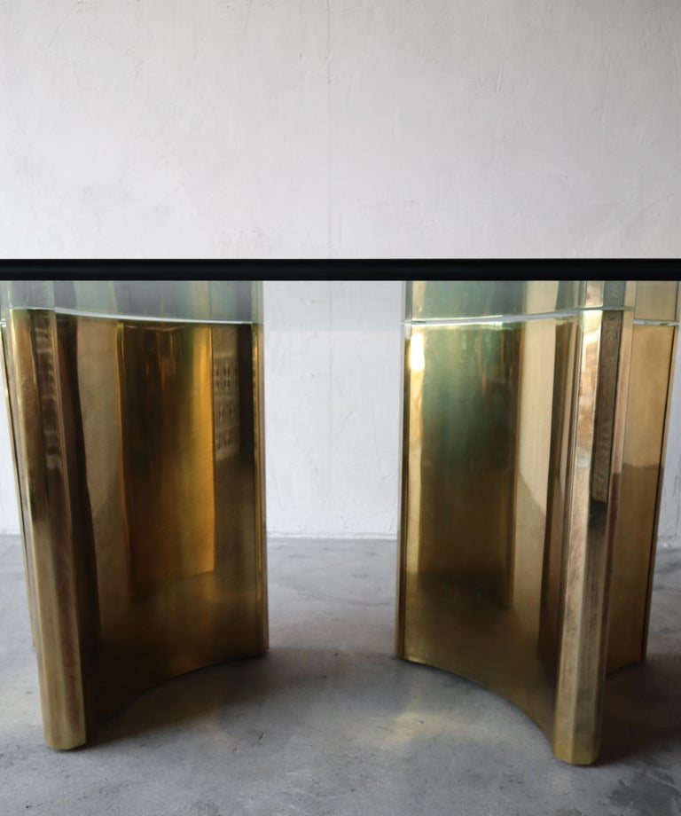 Mastercraft Double Trilobi Pedestal Brass and Glass Dining Table For Sale 1