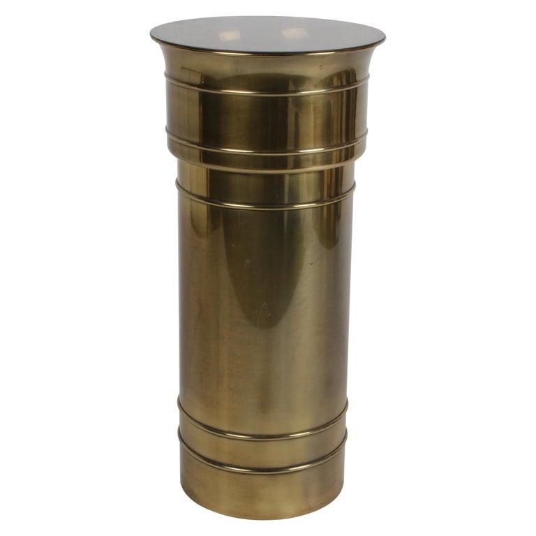 Mastercraft Hollywood Regency Round Cylinder Brass Display Pedestal or Planter For Sale