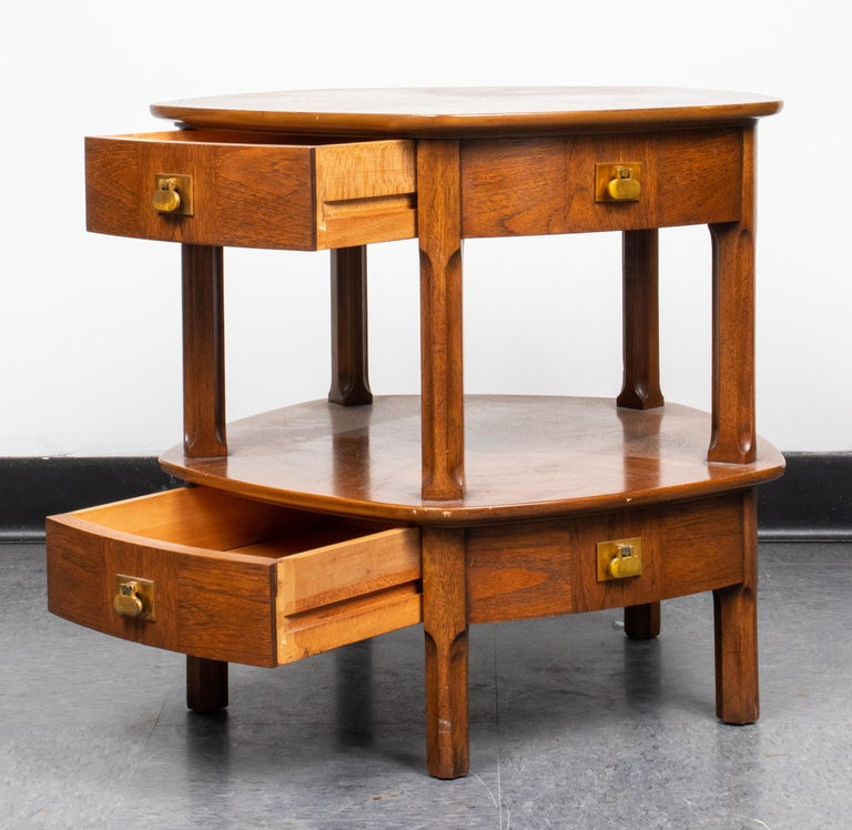 20th Century Mastercraft Mid-Century Modern Two-Tier Side Table with Drawers For Sale