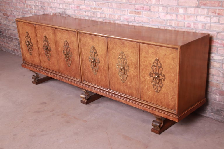 Mastercraft Monumental Midcentury Hollywood Regency Burl and Brass Sideboard In Good Condition For Sale In South Bend, IN